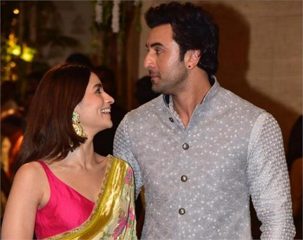 this is how alia made ranbir wish mother also replied