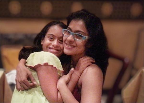 kajol shared a picture of mother and daughter on daughter s day went viral