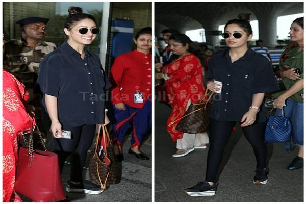 fair and lovely girl yami gautam seen in this look at the airport