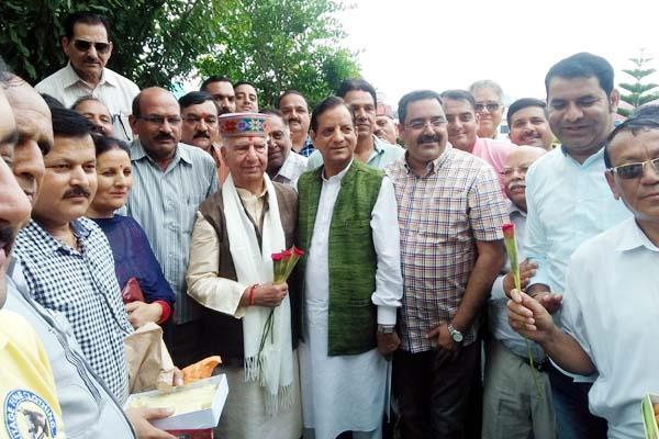 birthday of shanta kumar