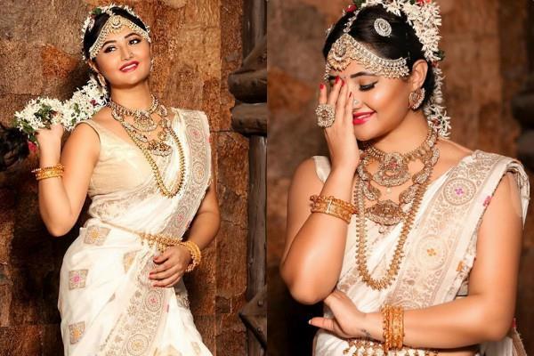 rashami desai looks gorgeous on her latest photoshoot