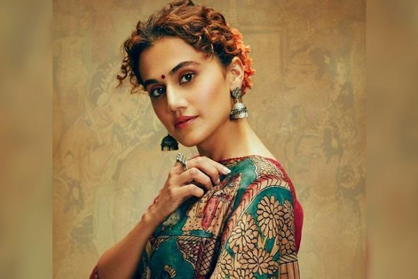 taapsee pannu takes a dig at news channels