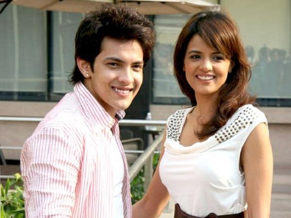 aditya narayan confirm his relationship with shaapit co star shweta agarwal