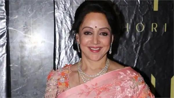 hema malini supports bollywood and said labelling us druggies was intolerable