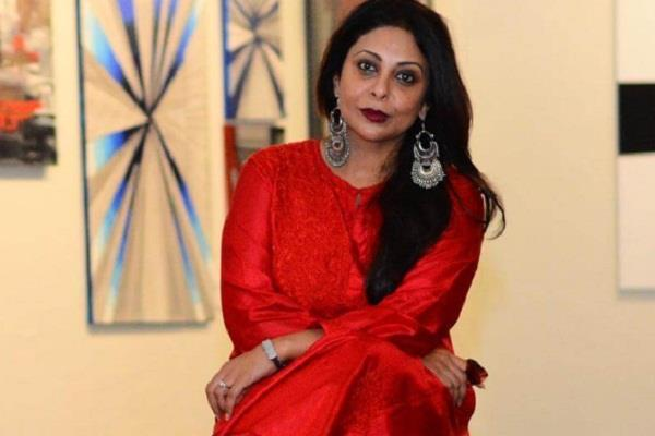 mumbai rain spoiled the shooting set of shefali shah