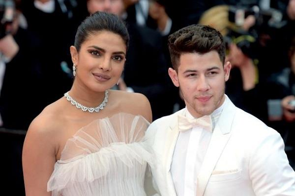 priyanka chopra and nick jonas extra careful in coronavirus