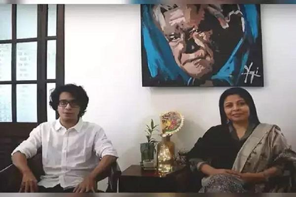 om puri wife and son launch youtube channel puri baatein on birth anniversary