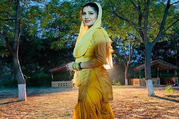 sapna choudhary married look photo viral on social media