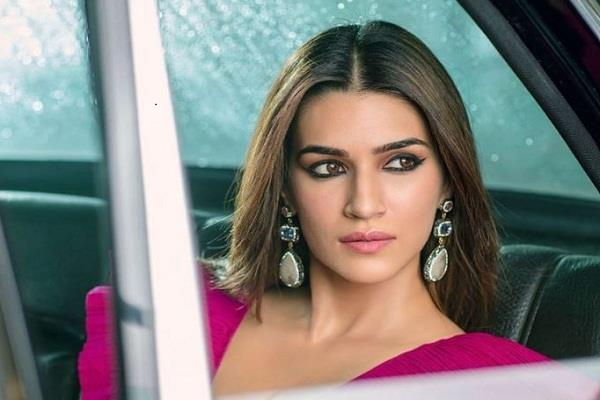 kriti sanon anger on rape with girl in balrampur after hathras