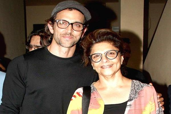 hrithik roshan s mother pinkie got corona positive