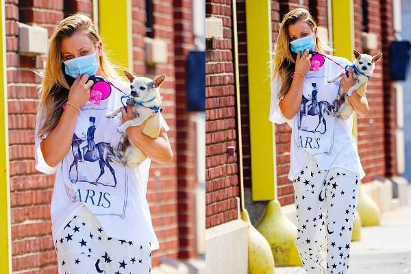 kaley cuoco spotted new york streets with her beloved dog dumpy