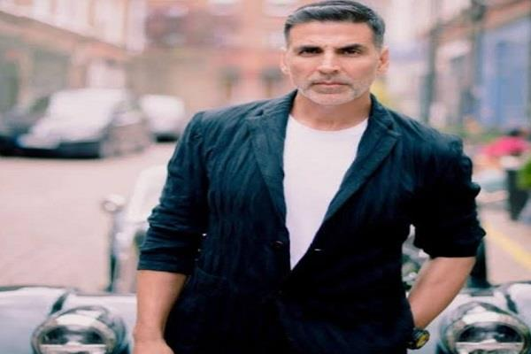 users demand ban laxmmi bomb after akshay defends bollywood in drug case