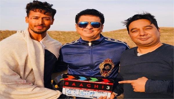 sajid nadiadwala and tiger shroff to do a double blast with heropanti 2 baaghi 4