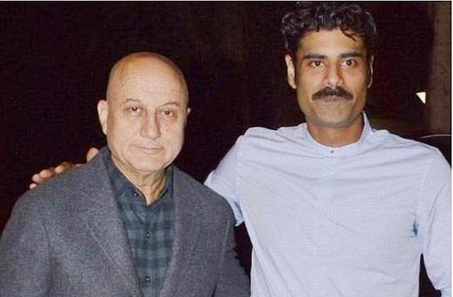 anupam kher son sikander kher demand for work on social media