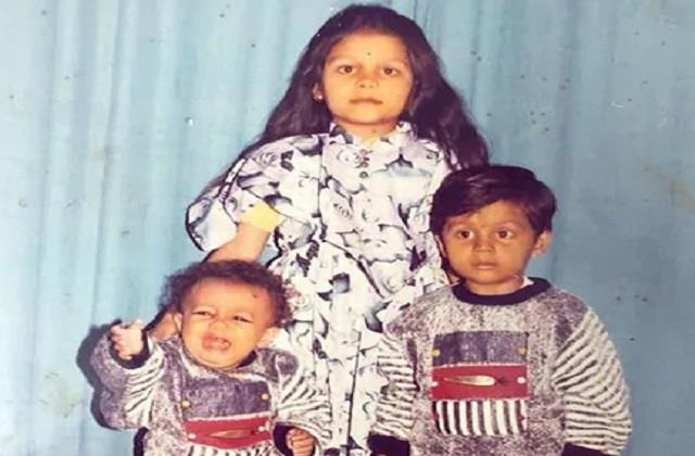 neha kakkar shares childhood photo on bhai dooj