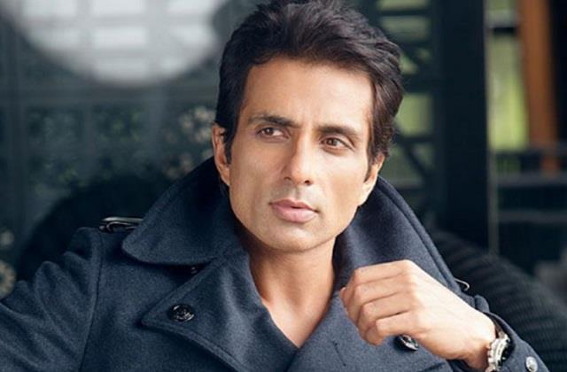 sonu sood biggest fan travelling from bihar to mumbai on cycle