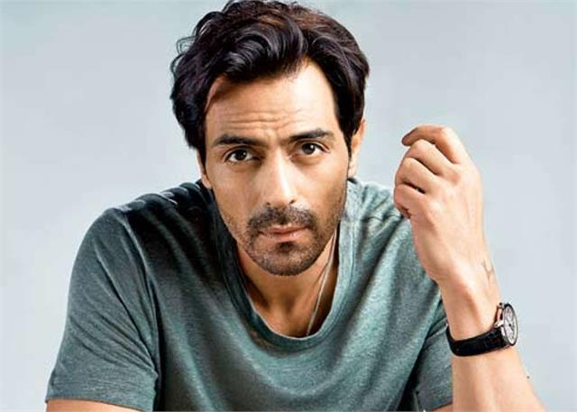 ncb raid at actor arjun rampal house in drug case