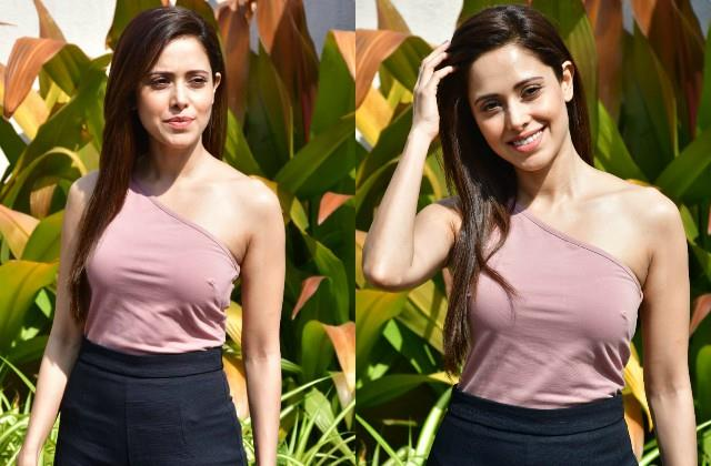 nushrat bharucha stunning photos viral on internet