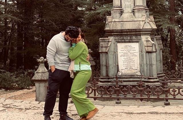 malaika shares romantic photo with arjun kapoor