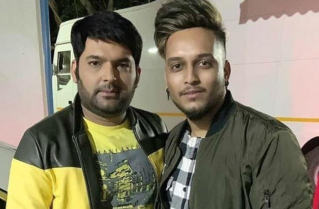 singer kunal sharma made a tattoo of comedian kapil sharma s name on his arm