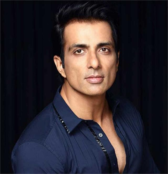 sonu sood help to fan get rid of 12 years pain