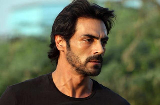 ncb interrogates arjun rampal for 6 hours in drugs case