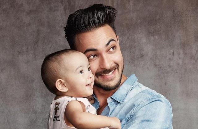 aayush sharma shares photo with daughter ayat on her 1st birthday