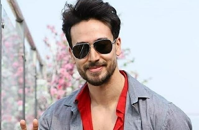 tiger shroff responded to fan who proposed him for marriage
