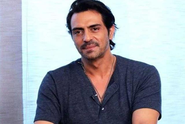 arjun rampal rejects rumours of leaving india after ncb summon
