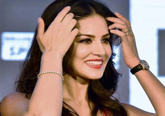 sunny leone reacts to boy who claiming he is her son