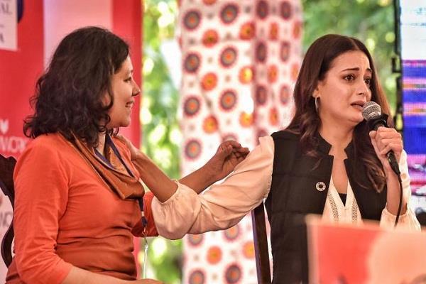 dia mirza cried at jaipur literature festival