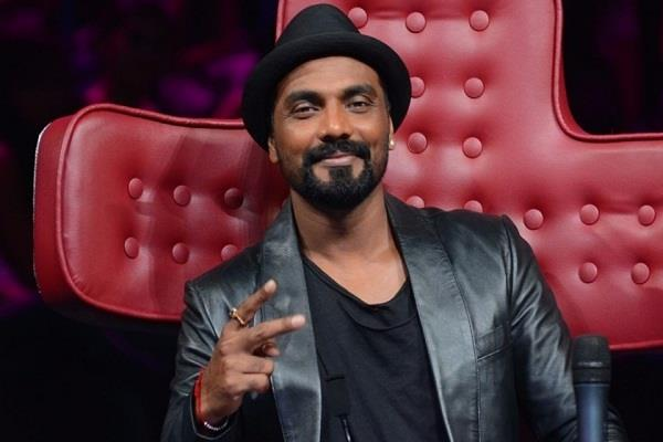 ghaziabad police has submitted passport of choreographer remo dsouza