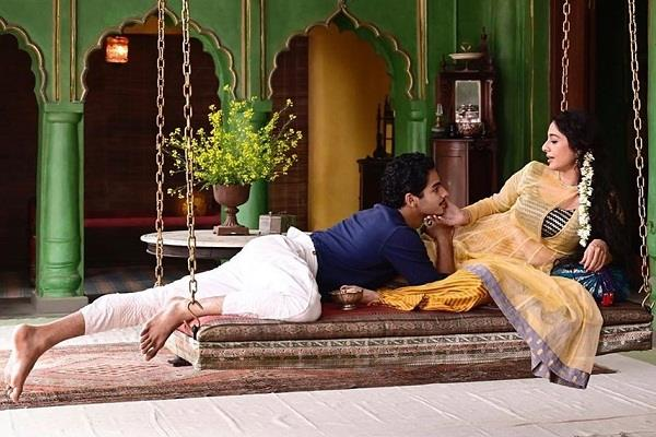 ishaan khatter romance with tabu during the shoot