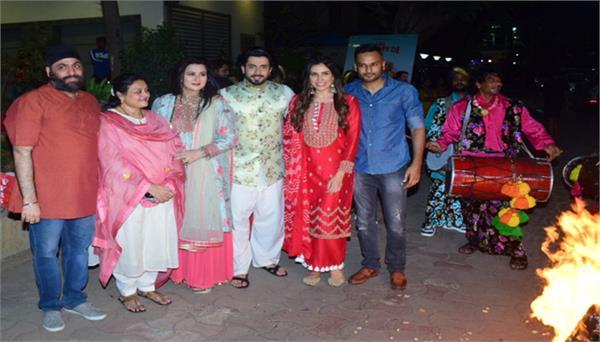 jai mummy di star cast celebrated festival lohri