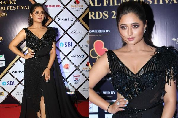 rashmi desai looks gorgeous at dada saheb phalke award