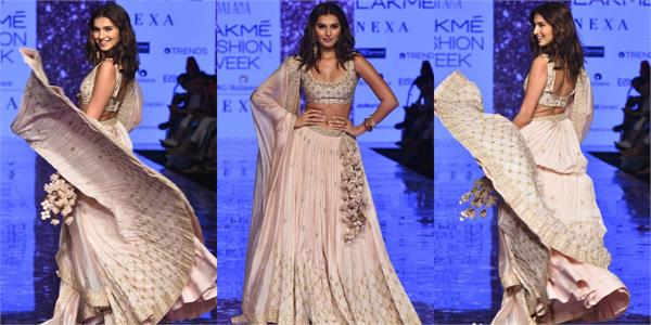 tara sutaria walks for lakme fashion week