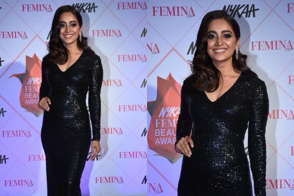 asha negi bold look at at femina beauty awards