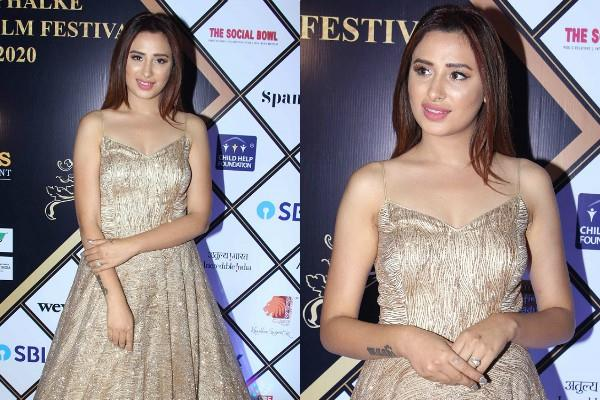 bigg boss contestant mahira sharma looks gorgeous in latest pictures