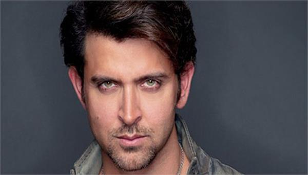 hrithik roshan loves his fans a lot