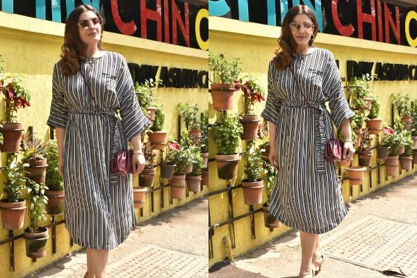raveena tandon spotted at restaurant