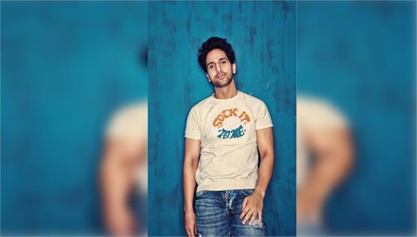 actor arslan goni is going to do debut from ekta kapoor two web series