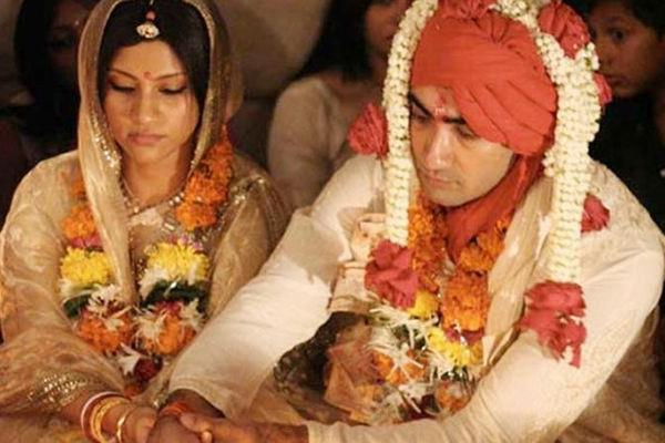 actress konkona sen and ranvir shorey file for divorce