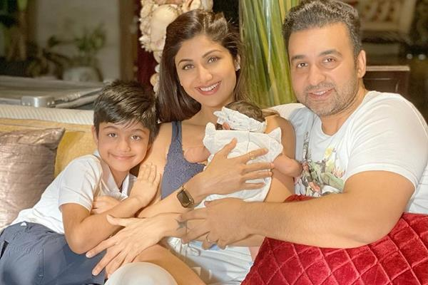 shilpa shetty emotional note as her daughter samisha turn 40 days old