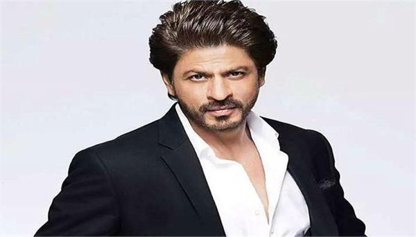 this holi shahrukh khan surprise to his fans