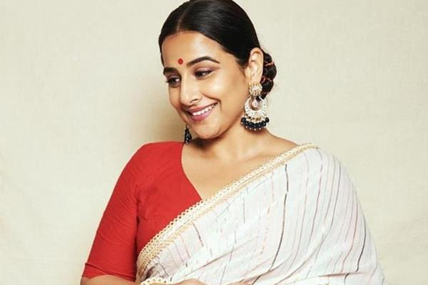 vidya balan thanks coronavirus for clearing sky
