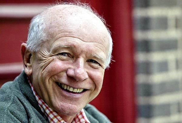 american screenwriter terrence mcnally dies from corona virus