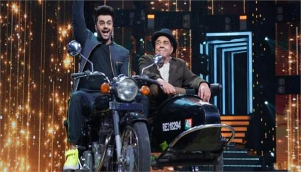 dharmendra with manish paul sholay jai veeru moment