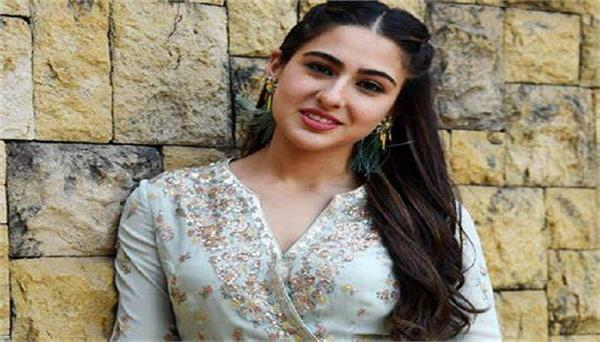 sara ali khan become youngest actress to donate in pm care fund