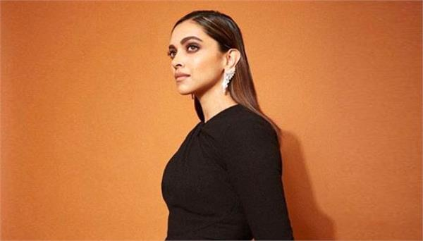 deepika padukone shares her experience of working with shakun batra