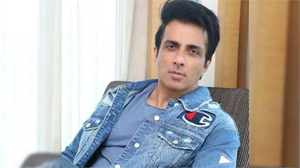 sonu sood shared helpline number for the migrant workers